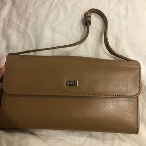 Danier wallet brand new never used